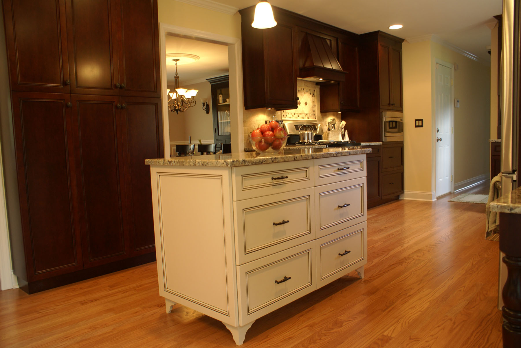 Hardwood Flooring In The Kitchen Hardwood Prefinished And Engineered Wood Flooring In New Jersey