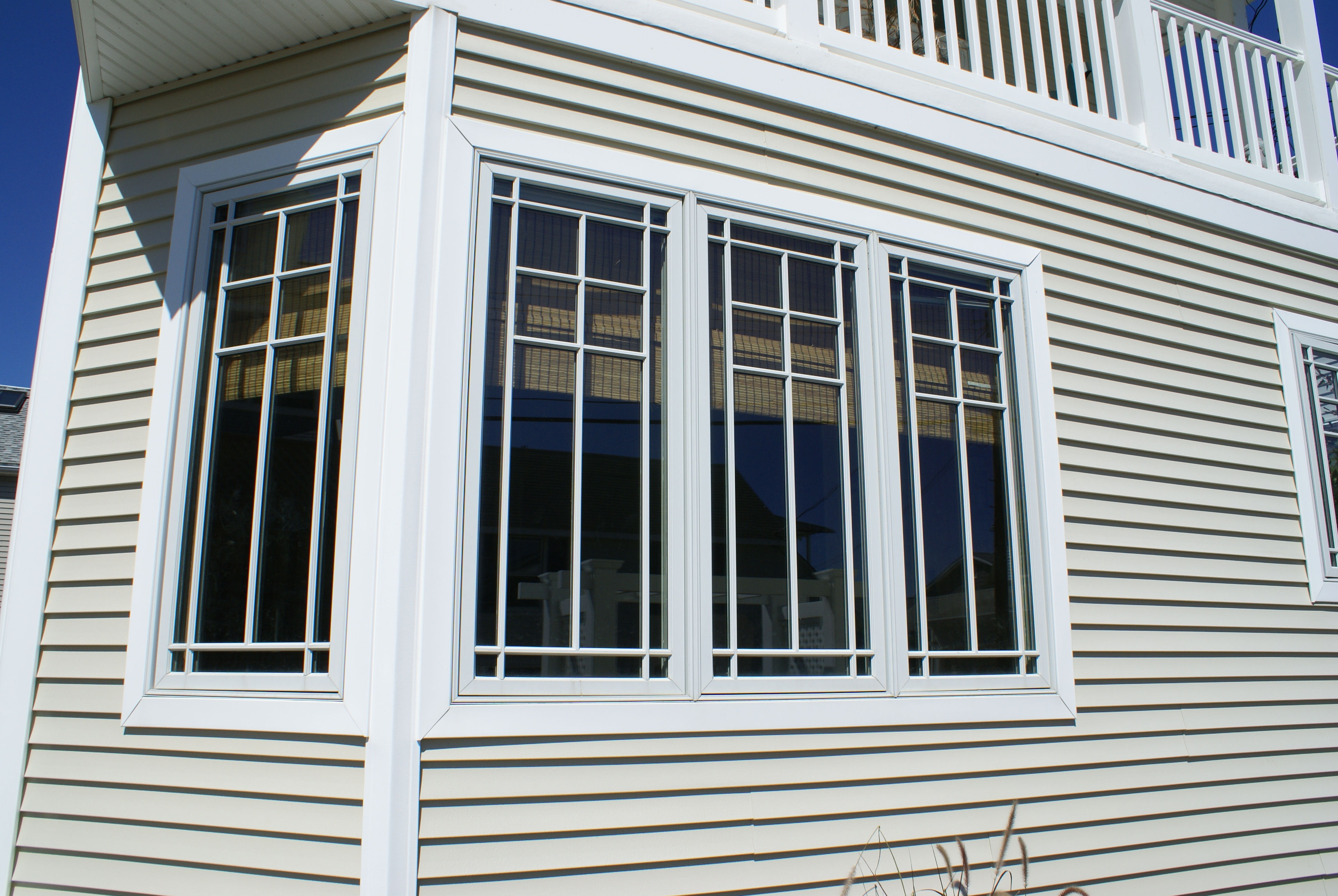 Casement windows for style and function design build pros for Prairie style window