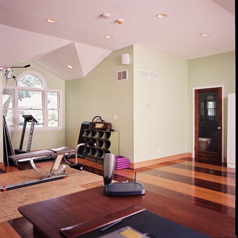 Flooring Material Options For A Home Gym