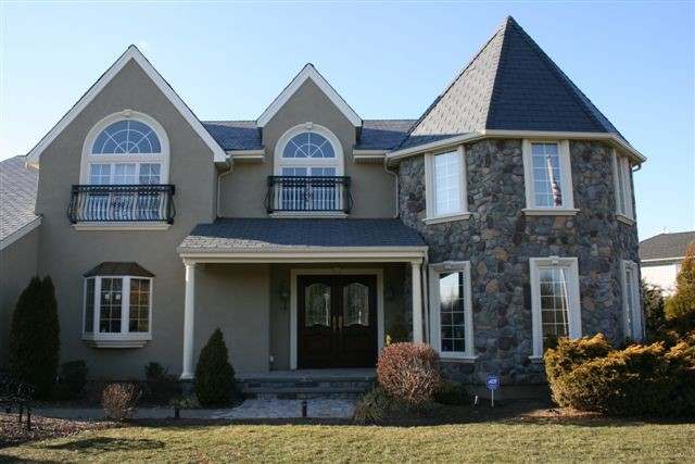 Stucco siding for your home toms river nj patch for Houses with stucco and siding
