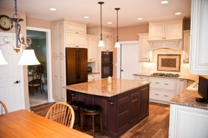 Glazing on kitchen cabinets - Design Build Pros (1)