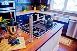 cooktop in kitchen island - Design Build Pros (2)