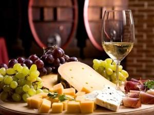 Custom Wine Cellar Design and Tasting