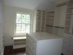 Organizing Your Closet (2)-Design Build Planners