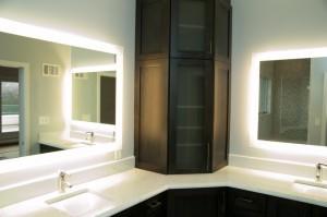back lit vanity mirror - Design Build Planners (3)