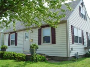 Cape Cod style home ~ Design Build Planners (1)