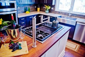 cooktop in kitchen island - Design Build Planners (2)