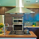 cooktop in kitchen island - Design Build Planners (4)