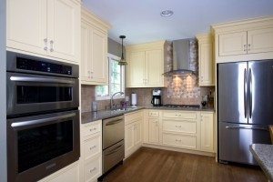 kitchen cabinet knobs and handles - Design Build Planners (2)