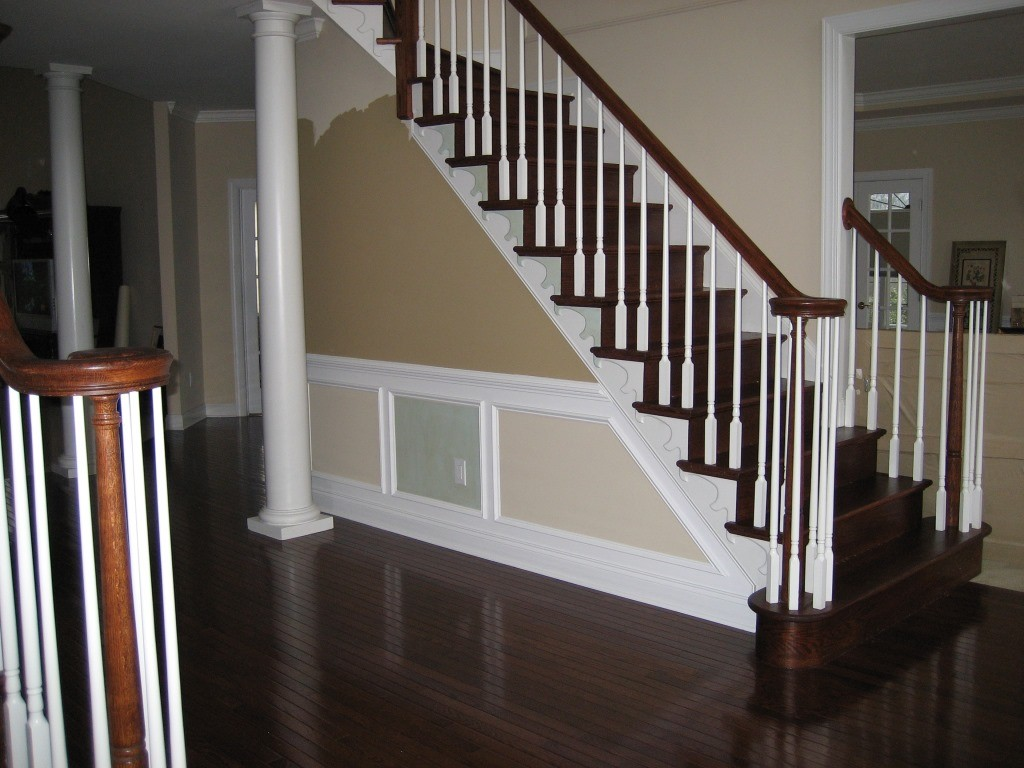 What is Wainscoting? - Design Build Planners